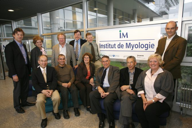 Premier Conseil scientifique de l'Institut de Myologie à Paris .